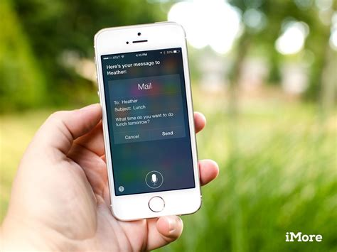 how to use siri on iphone 5 how to call message and email your contacts using siri