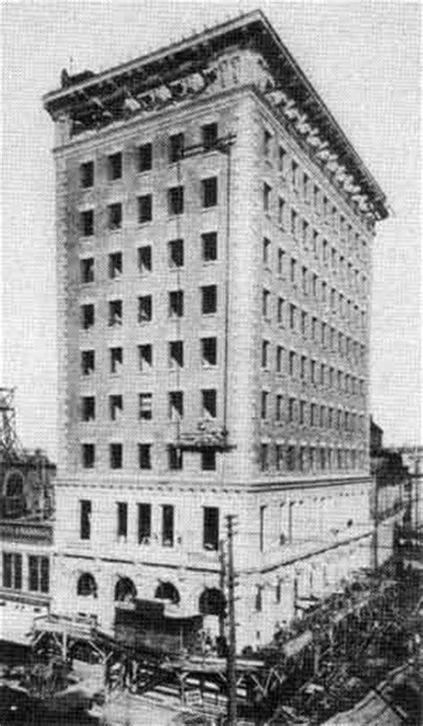 Manitoba History: The Buildings of the Winnipeg-Based