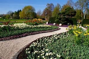 Wege Im Garten Anlegen : gartenwege gestalten 22 kreative beispiele ~ Buech-reservation.com Haus und Dekorationen