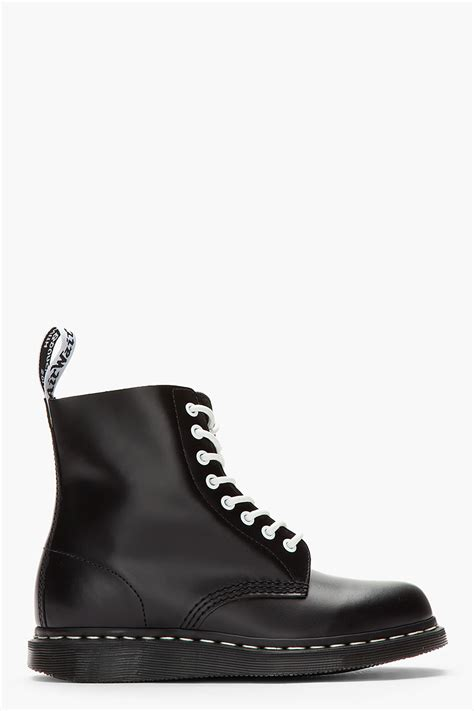 Dr Jart Pull Out Black White lyst dr martens black white buffed leather 8eye pascal