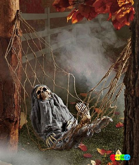 scary decorations ideas outdoor halloween decoration ideas to make your home look spooky scary halloween