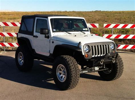white jeep 2 door let 39 s see your white 2 doors jkowners com jeep