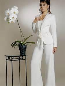 costume femme pour mariage les 25 meilleures idées de la catégorie ensemble tailleur femme sur ensemble