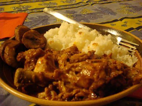 cuisine congolaise brazza recette congolaise poulet moambé roots magazine