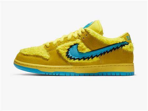 sneaker collab fuzzy nike sb dunk pro