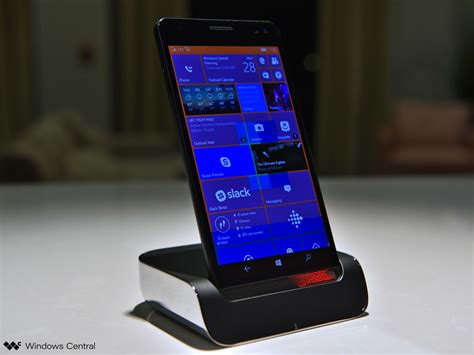 the hp elite x3 desk dock works with any continuum device