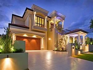 Home Decor: 13 Beautiful Home Exterior Designs