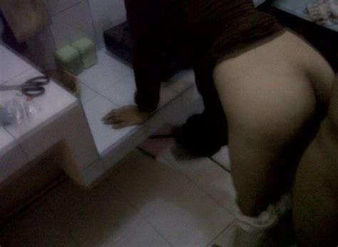Pantat Nungging Ibu Rt