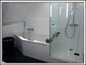 Badewanne mit dusche kombiniert badewanne house und for Badewanne dusche kombiniert