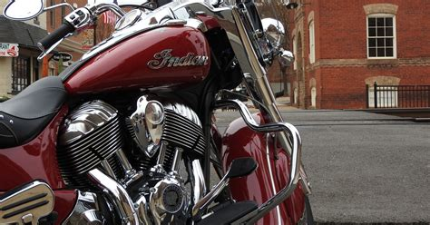 Review Indian Springfield by Review Indian Springfield Motorcycle Tough To Resist