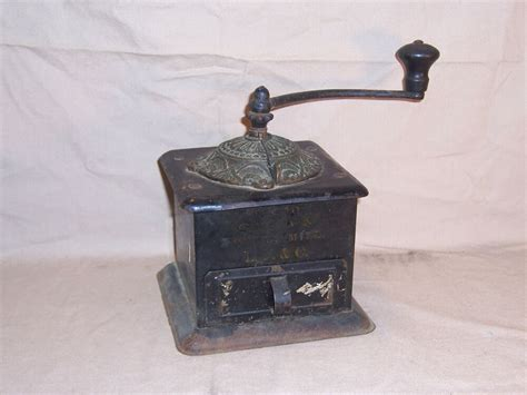 Antique Crown Coffee Mill Made By Landers Frary & Clark Joe Coffee Paul Bearer Nyc Jobs Austin Pastries White Outdoor Table Australia Pumpkin Philadelphia Trader Joe's K Cups