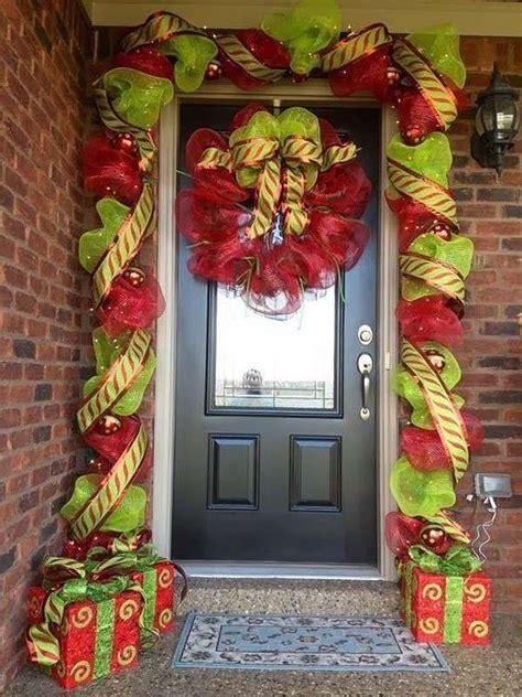 Decorazioni Natalizie Porta Ingresso Decorazioni Fai Da Te Di Natale Per La Porta D Ingresso