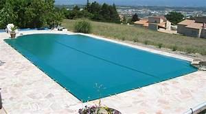 Bache Piscine Pas Cher : choisir un volet piscine pour la s curit ou le chauffage ~ Dailycaller-alerts.com Idées de Décoration