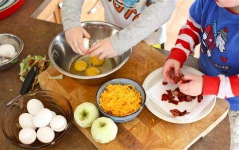 cooking projects for preschoolers interesting activities for preschoolers pak parenting 624