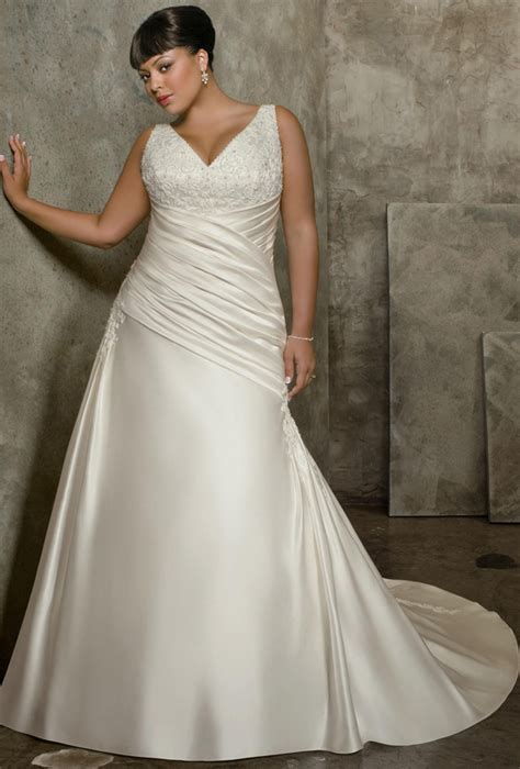 wedding gowns for plus size brides weddingelation