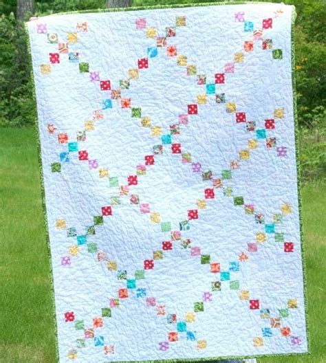 chain quilt pattern quilt story cluck cluck sew modern chain quilt