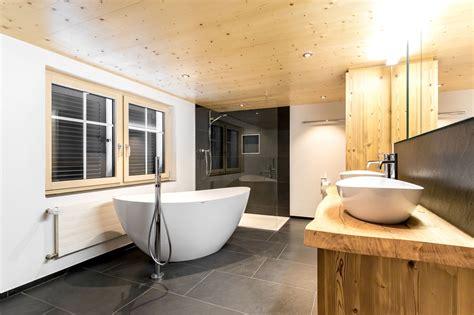 Bad Mit Freistehender Badewanne by Badezimmer Mit Freistehender Badewanne Modernes