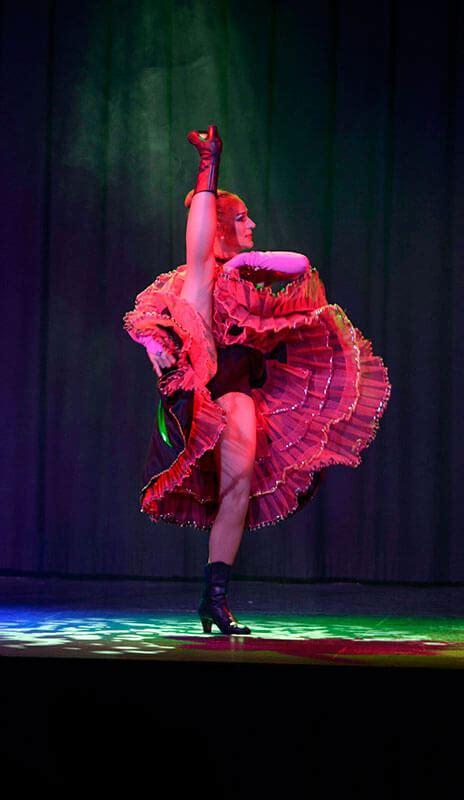 cabaret dance cancan shows burlesque dancer private barcelona