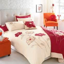 Home Design Bedding - modern designs of luxurious bed sheets pouted magazine design trends creative