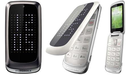 new flip phones technology world motorola introduces new flip phone the
