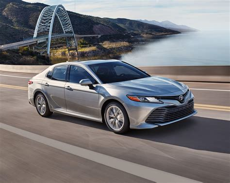 Toyota Camry Hybrid Picture by 2018 Toyota Camry Hybrid Vehicle For Sale In Edmonton Alberta