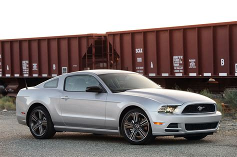ford mustang  autoblog