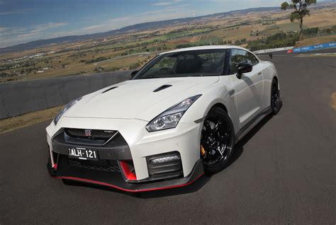2017 Gt R Nismo by 2017 Nissan Gt R Nismo Review Caradvice
