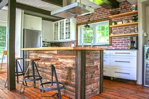 charni鑽e cuisine lapeyre ilot de cuisine en bois de grange mzaol com
