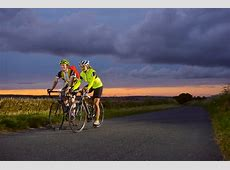 Cyclists' guide to high visibility clothing and