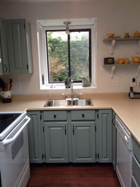 kitchen cabinet transformation rustoleum cabinet transformations colour meadow 2814