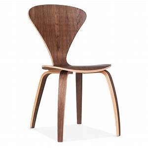 Chaise Bois Design : chaise design moderne de style cherner en bois de noyer cult uk ~ Teatrodelosmanantiales.com Idées de Décoration