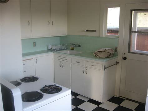 retro tiles kitchen 62 best 1930 s to 1950 s kitchen design images on 1950