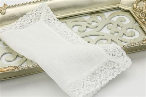Thomas Ferguson Ladies Small Linen Lace Handkerchief 10in Sq White Weighted Baby Blanket Reviews Embroidered Blankets Patterns And Quilt Storage Bag Pure Wool South Africa Fleece Tied Kit Fire Oregon Summer Infant Swaddleme Cloud Crochet Size 5 Yarn