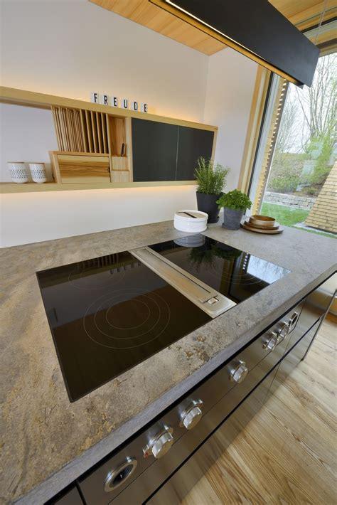Arbeitsplatte In Der Küche Mit Bora Dunstabzug Küchen
