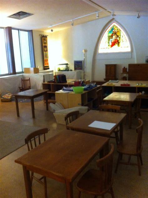 a shared montessori preschool room during the week and an 671   e28722dc55854e9d6410aa55a060d0b2