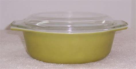 corelle vitrelle pyrex 043 green oval 1 5 quart covered casserole dish