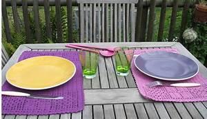 Set De Table Au Crochet : set de table au crochet travaux manuels tous les outils de votre cr ativit ~ Melissatoandfro.com Idées de Décoration