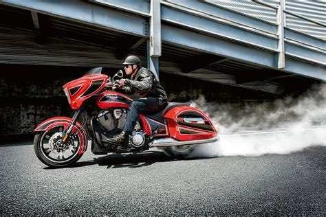 2014 Victory Cross Country Ness Limited Edition Review