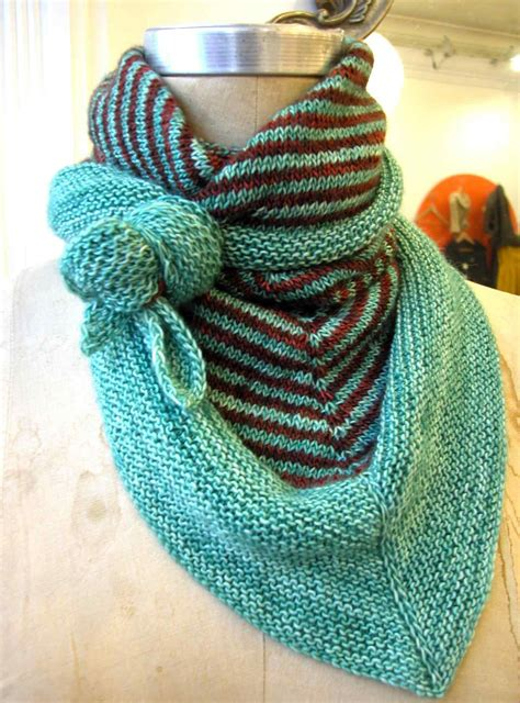 7 Triangle Scarf Knitting Patterns The Funky Stitch