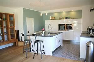 quelle couleur pour une cuisine blanche quelle couleur With sol gris clair quelle couleur pour les murs 7 cuisine blanche mur bleu canard