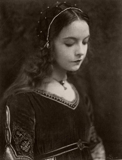 Vintage: Portraits of Lillian Gish (1920s) | MONOVISIONS