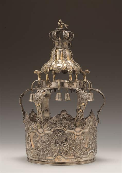 Silver Torah Crown - The Jewish Museum London