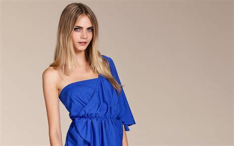 women model  delevingne blonde   viewer fashion dress simple background wallpapers hd desktop  mobile backgrounds