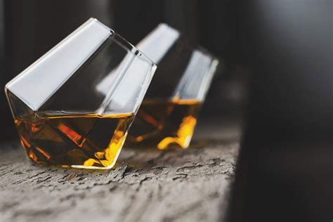 12 Best Whiskey Glasses To Elevate Your Drinking Experience The Manual