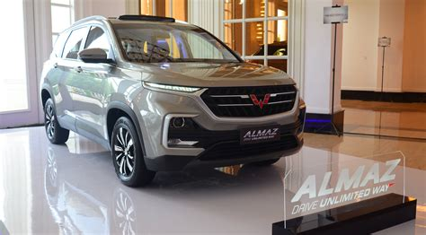 wulingalmaz  officially introduced  indonesia wuling
