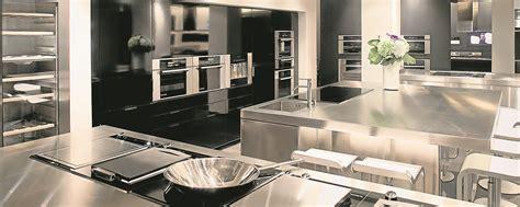 cuisine moyenne gamme fagor brandt mise sur le haut de gamme pour contrer un