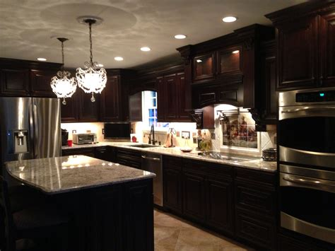 traditional kitchen cabinets cherry java savannah