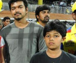 Actor Vijay family, childhood photos – Ilayathalapathy ...