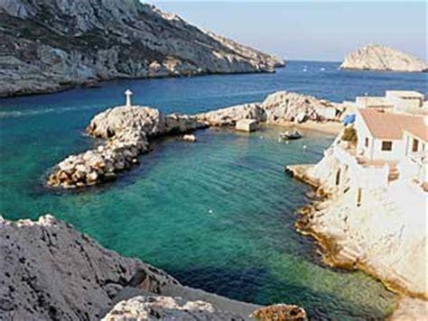 bureau de poste nancy les goudes quartier à visiter provence 7