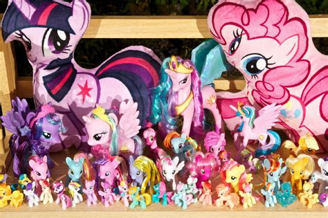 Meet 'bronies' -- grown men who are fans of My Little Pony ...